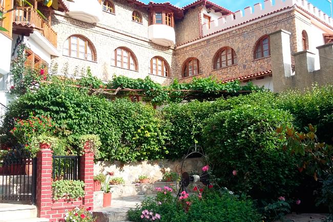 Ιερά Μονή Αγίου Ιωάννη Θεολόγου – Μαζαράκη